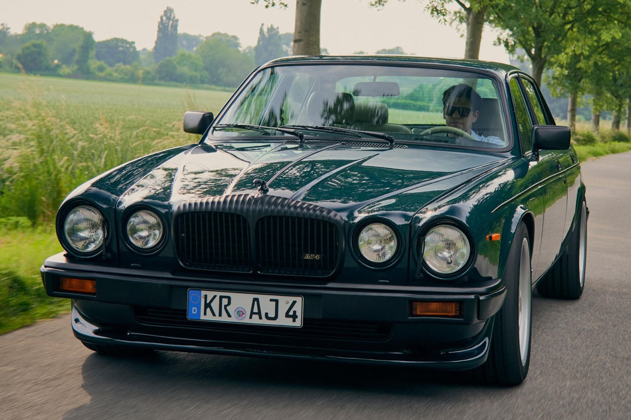 Daimler DoubleSix... Arden - Rhaaaa Lovely ! 1