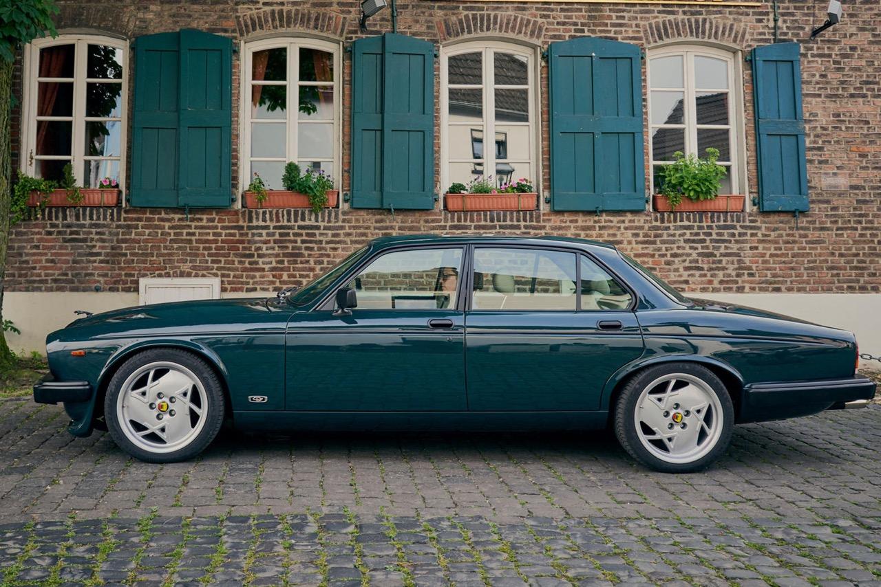 Daimler DoubleSix... Arden - Rhaaaa Lovely ! 4