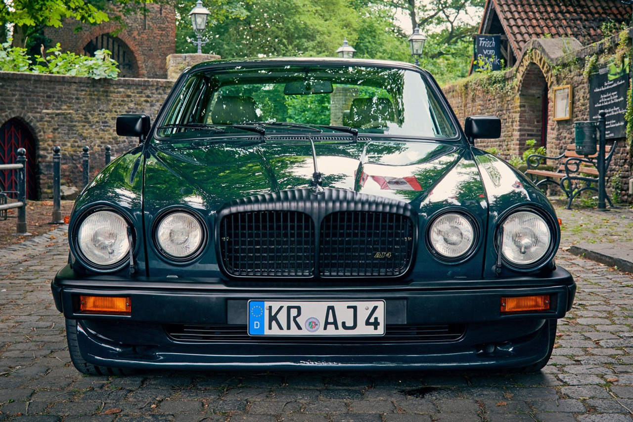 Daimler DoubleSix... Arden - Rhaaaa Lovely ! 5