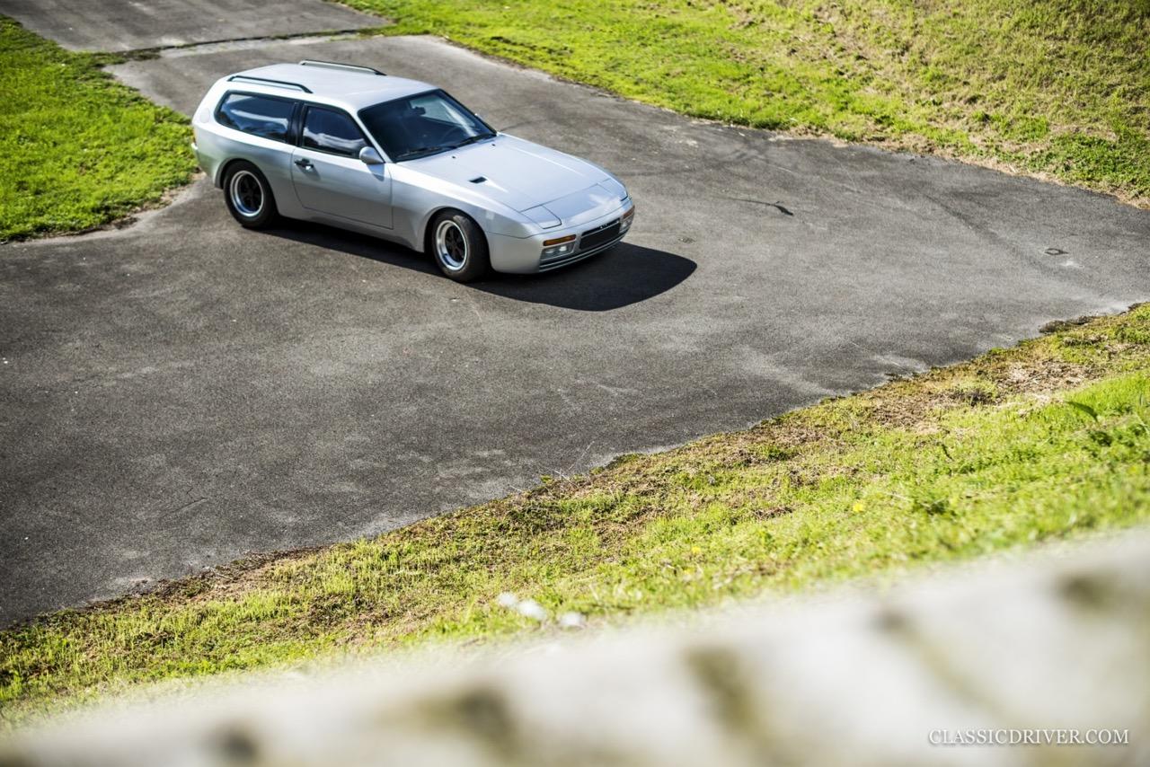 DP Cargo : La Porsche 924 pour les déménageurs ! 49