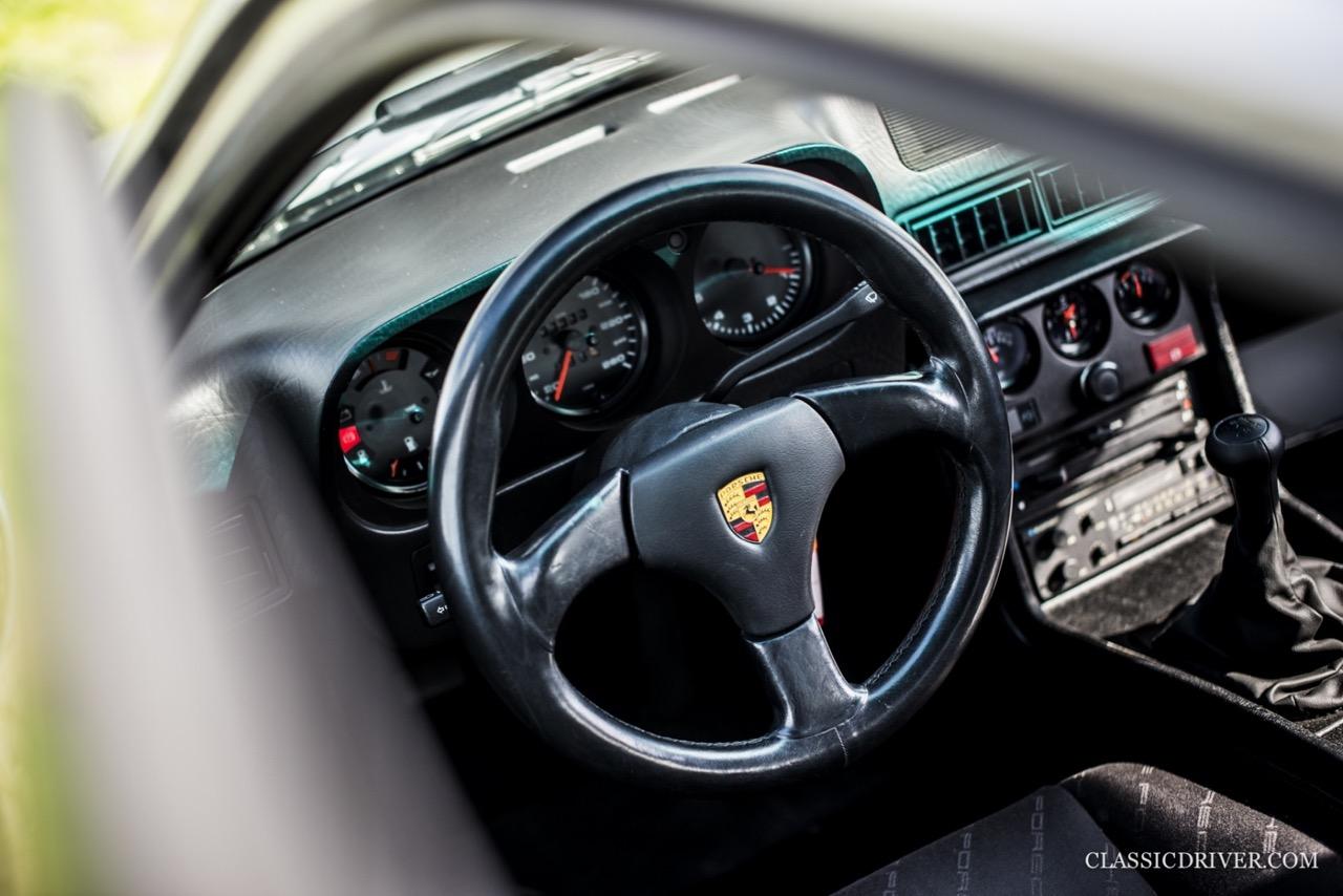 DP Cargo : La Porsche 924 pour les déménageurs ! 45