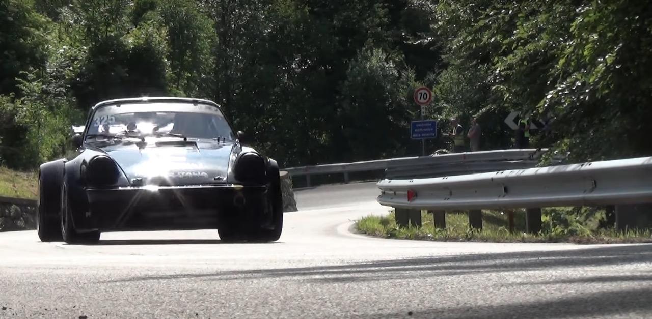 Hillclimb Monster : Porsche 930 Turbo... Avis de tornade en Italie ! 12