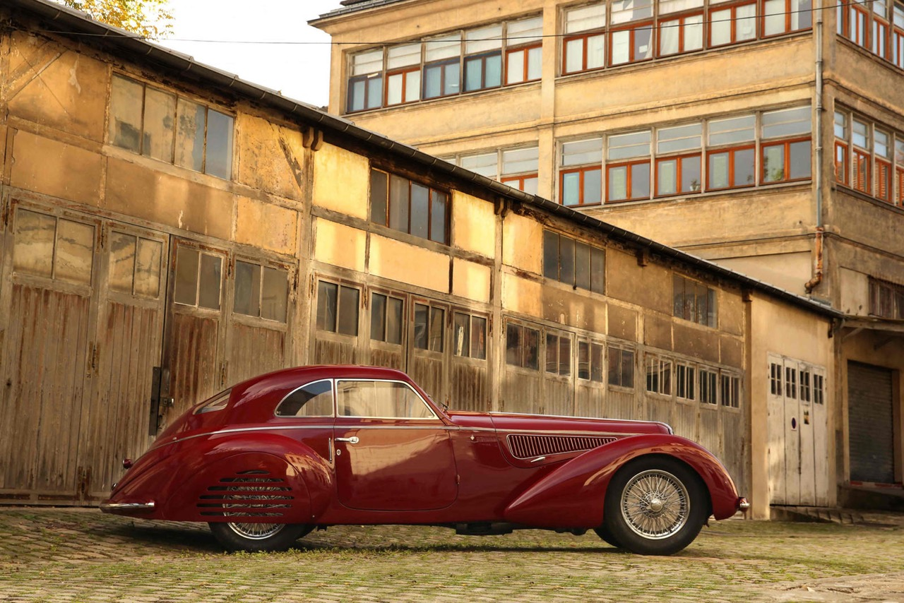Alfa Romeo 8C 2900B Touring Berlinetta - Leggendario... 7