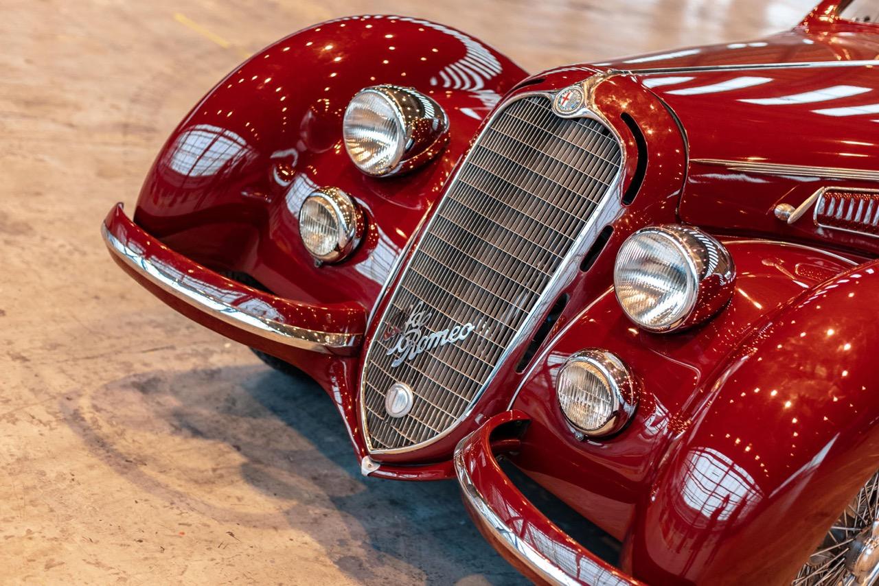 Alfa Romeo 8C 2900B Touring Berlinetta - Leggendario... 4