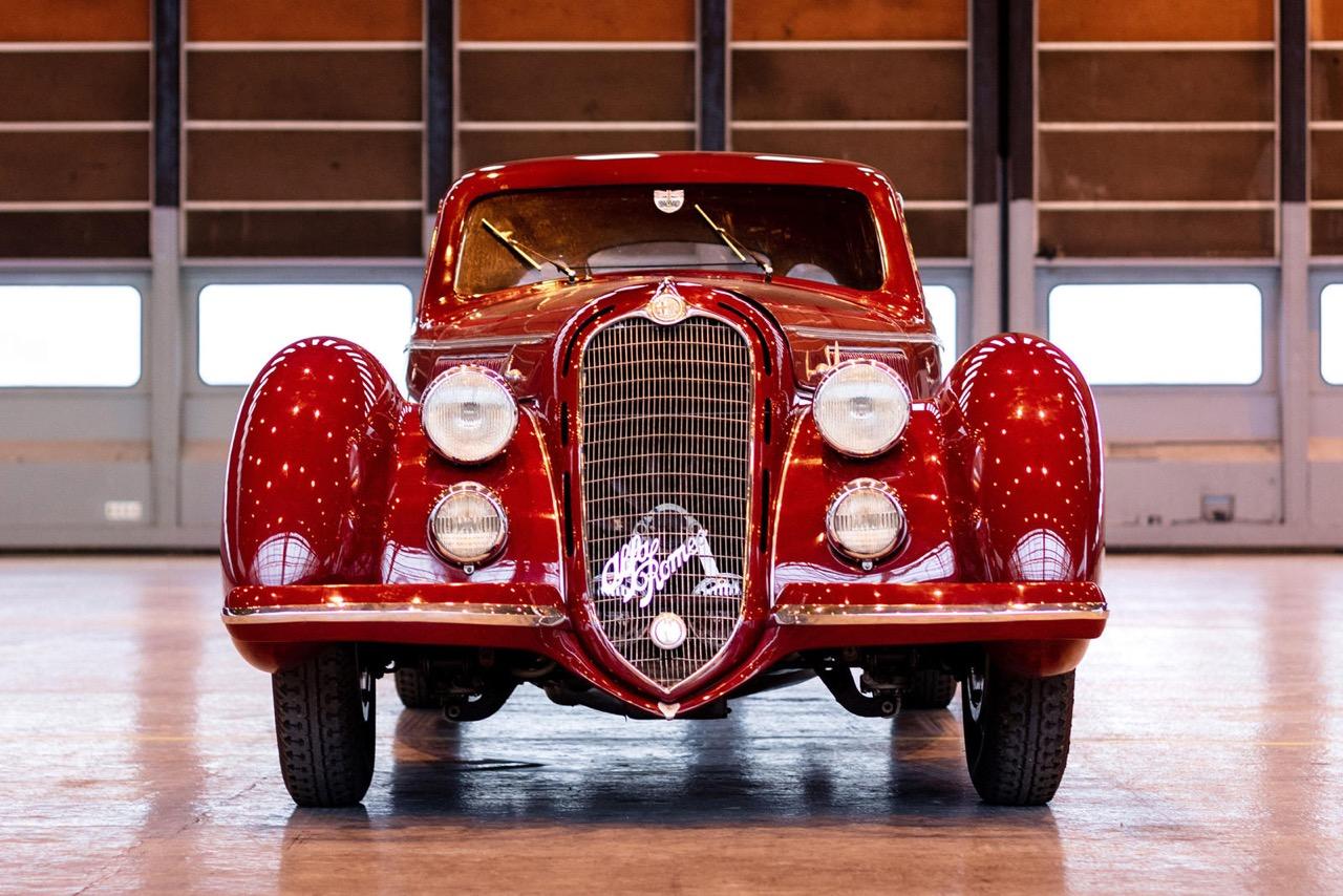 Alfa Romeo 8C 2900B Touring Berlinetta - Leggendario... 1