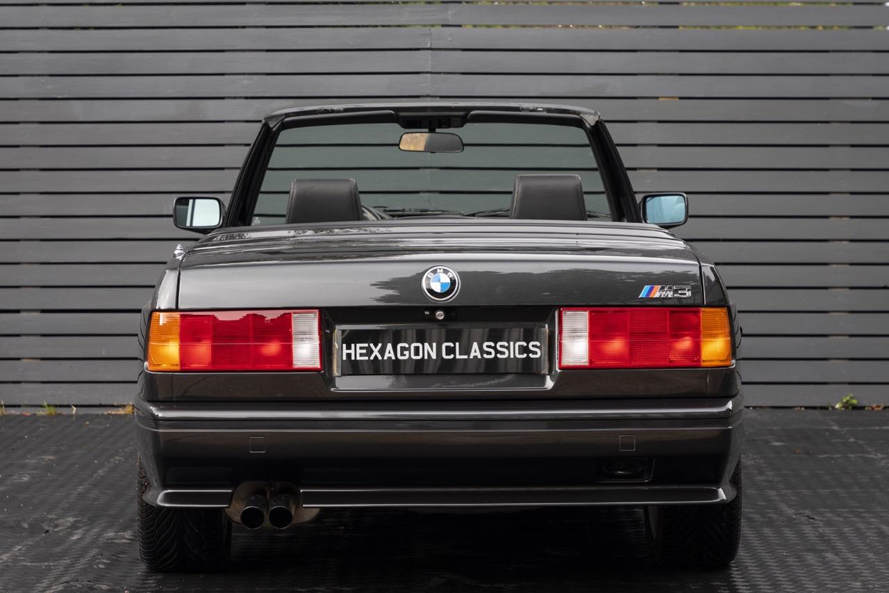 BMW M3 E30 Cabriolet... Spéciale Kéké ! 43
