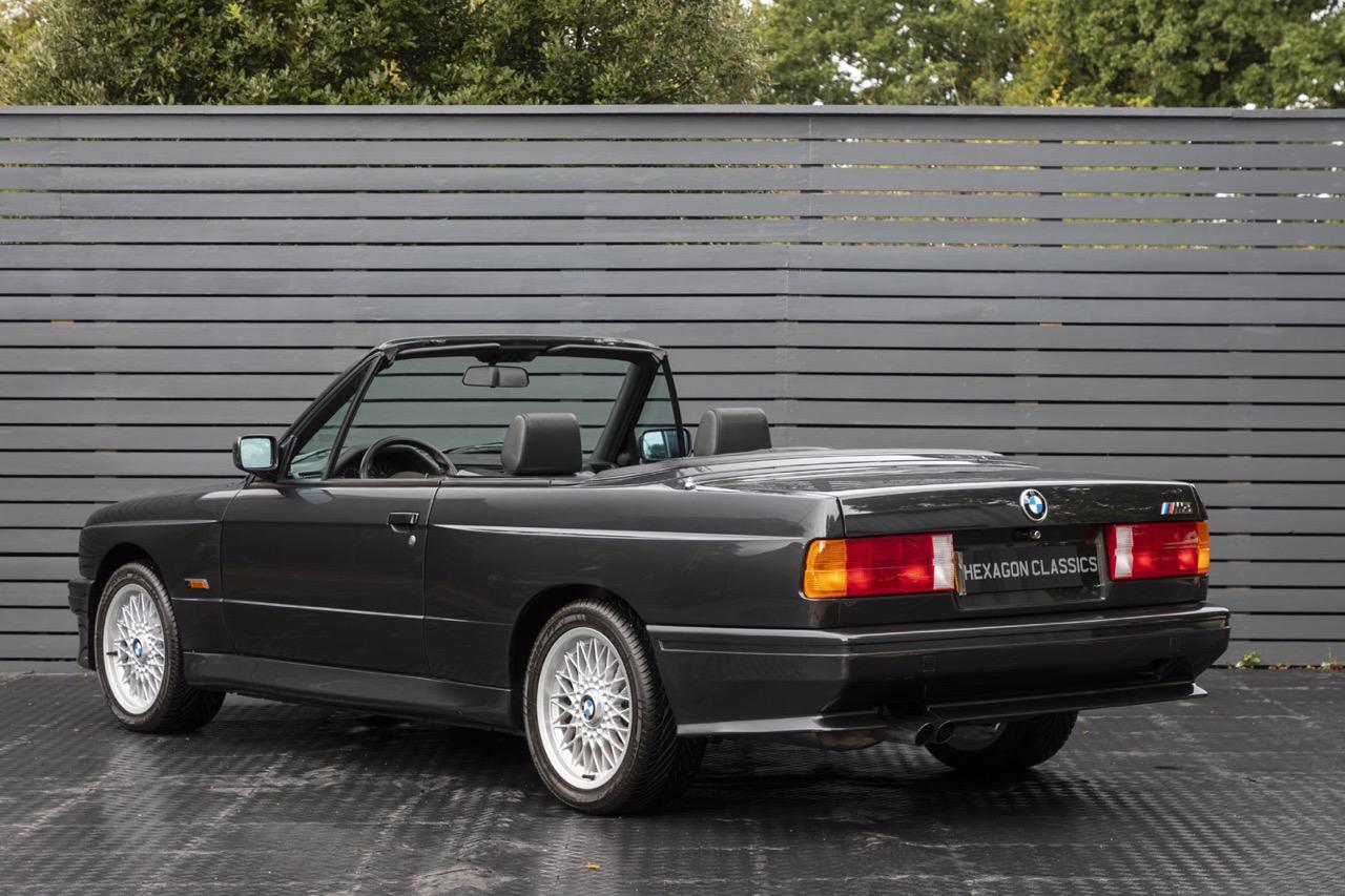 BMW M3 E30 Cabriolet... Spéciale Kéké ! 45