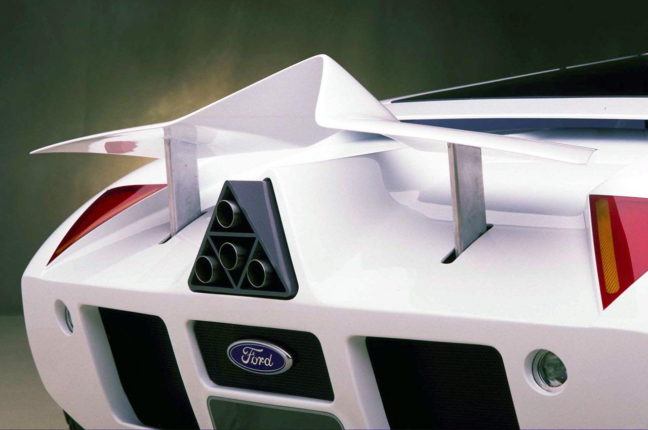 Ford GT90 : Le concept oublié ! 48