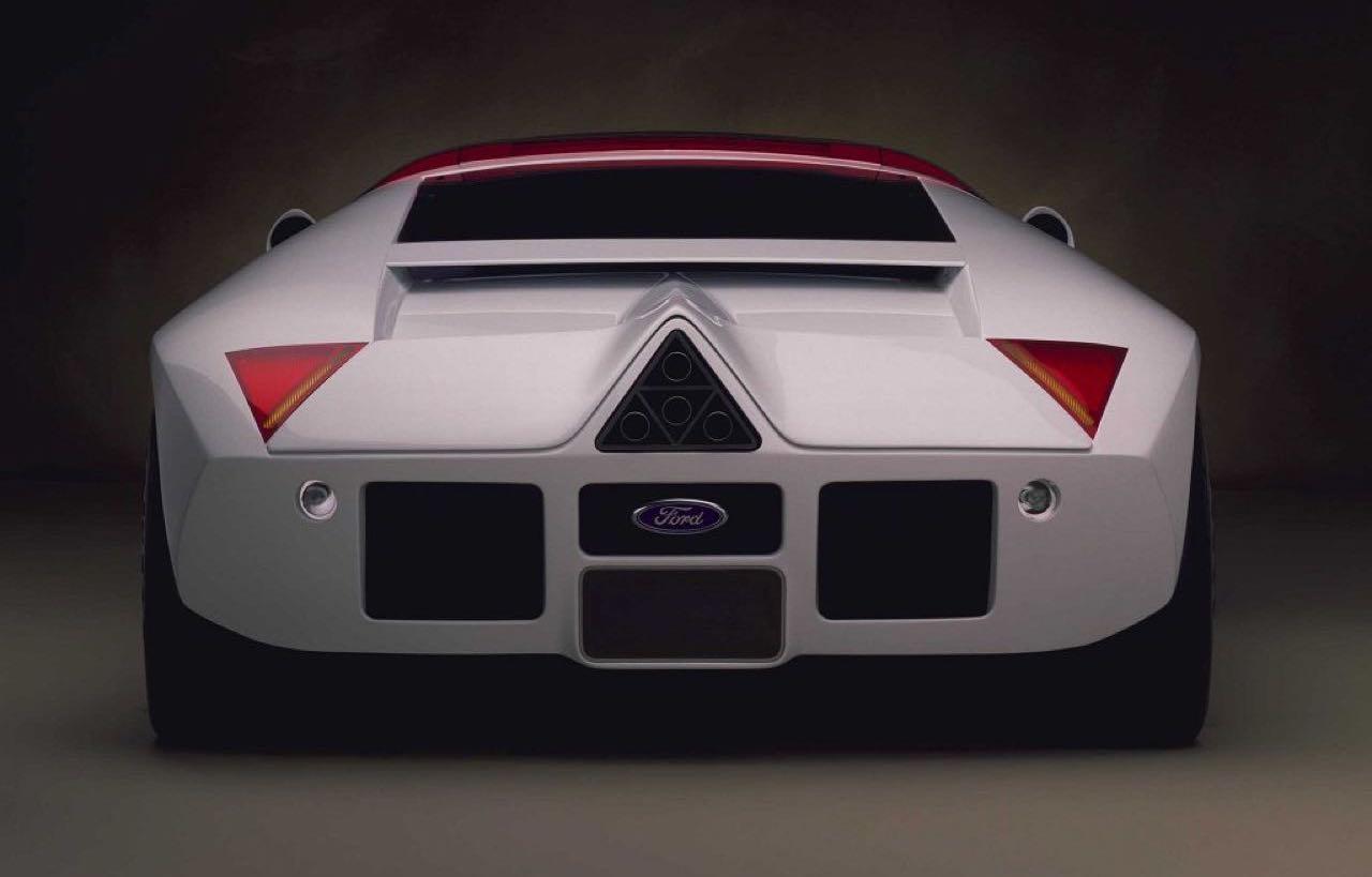 Ford GT90 : Le concept oublié ! 13
