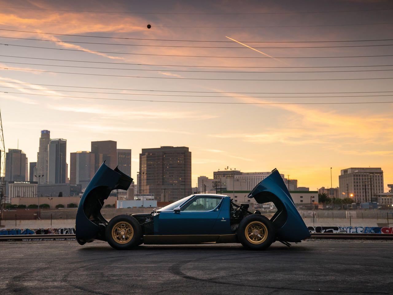 Lamborghini Miura P400 SV... Blue devil ! 18