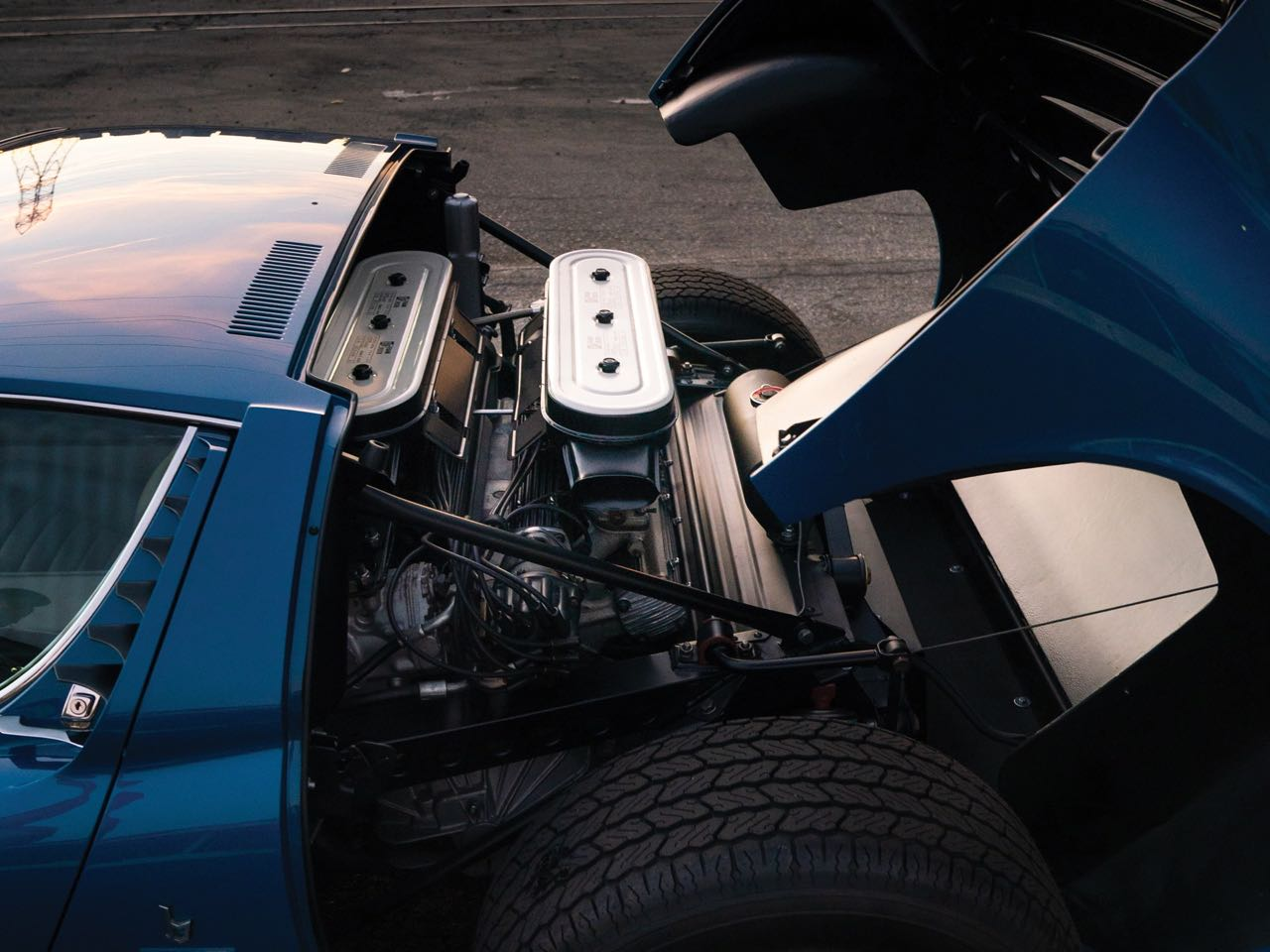 Lamborghini Miura P400 SV... Blue devil ! 5