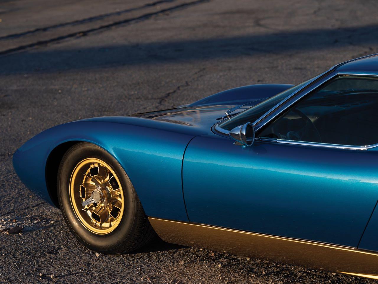 Lamborghini Miura P400 SV... Blue devil ! 23