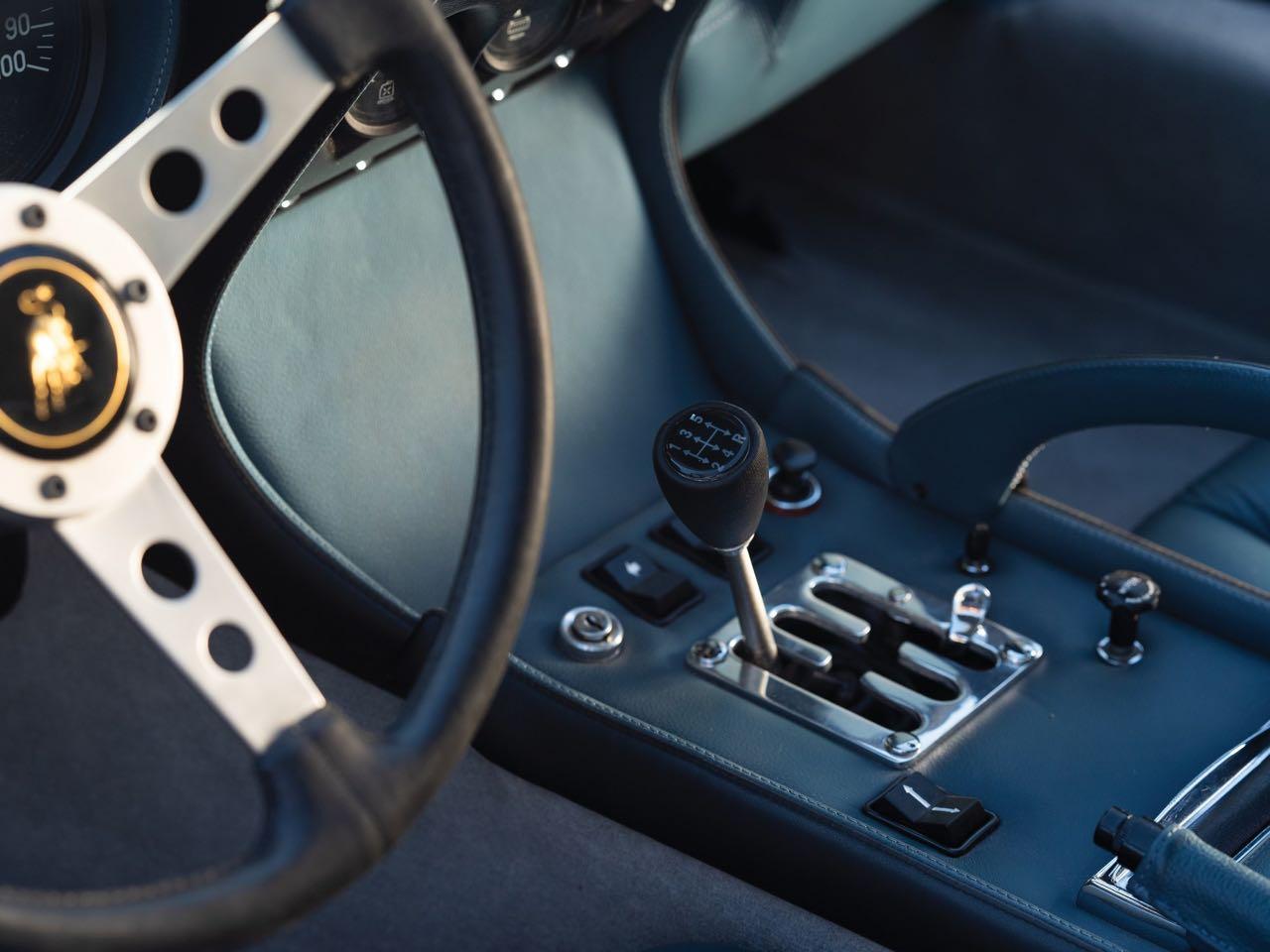 Lamborghini Miura P400 SV... Blue devil ! 9