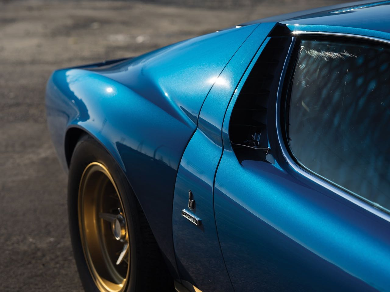 Lamborghini Miura P400 SV... Blue devil ! 16