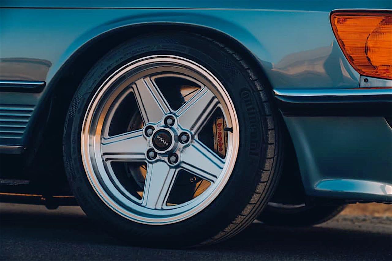 '77 Mercedes 450SLC... Une R107 en 2JZ ! 3