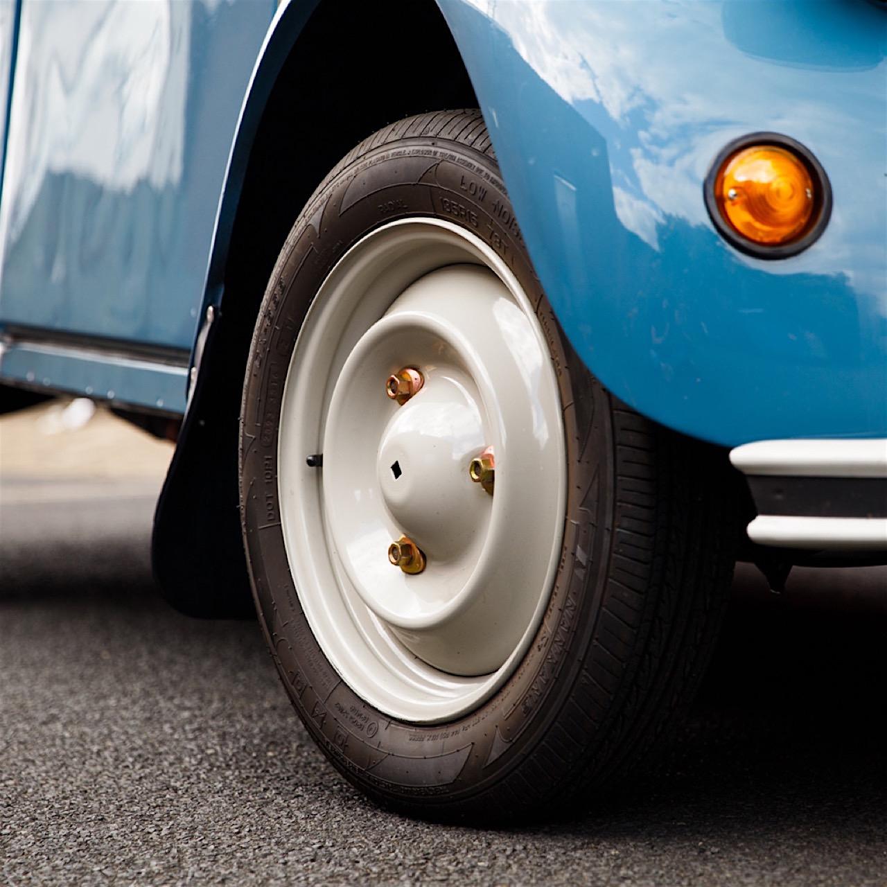 Parlons peu, parlons pneu... 35