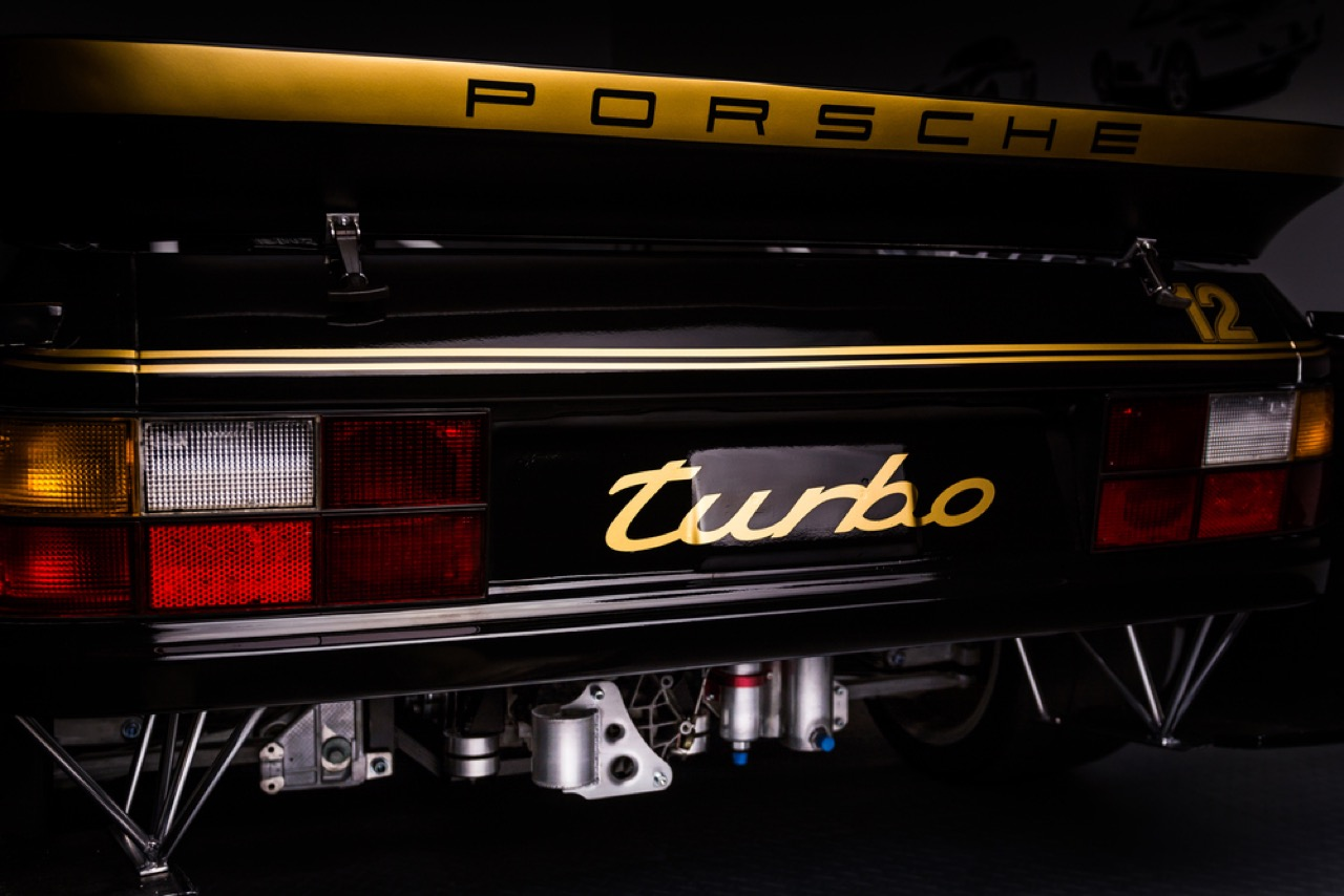 Motor Werks Racing : Porsche 924 Heritage Tribute Edition... 31