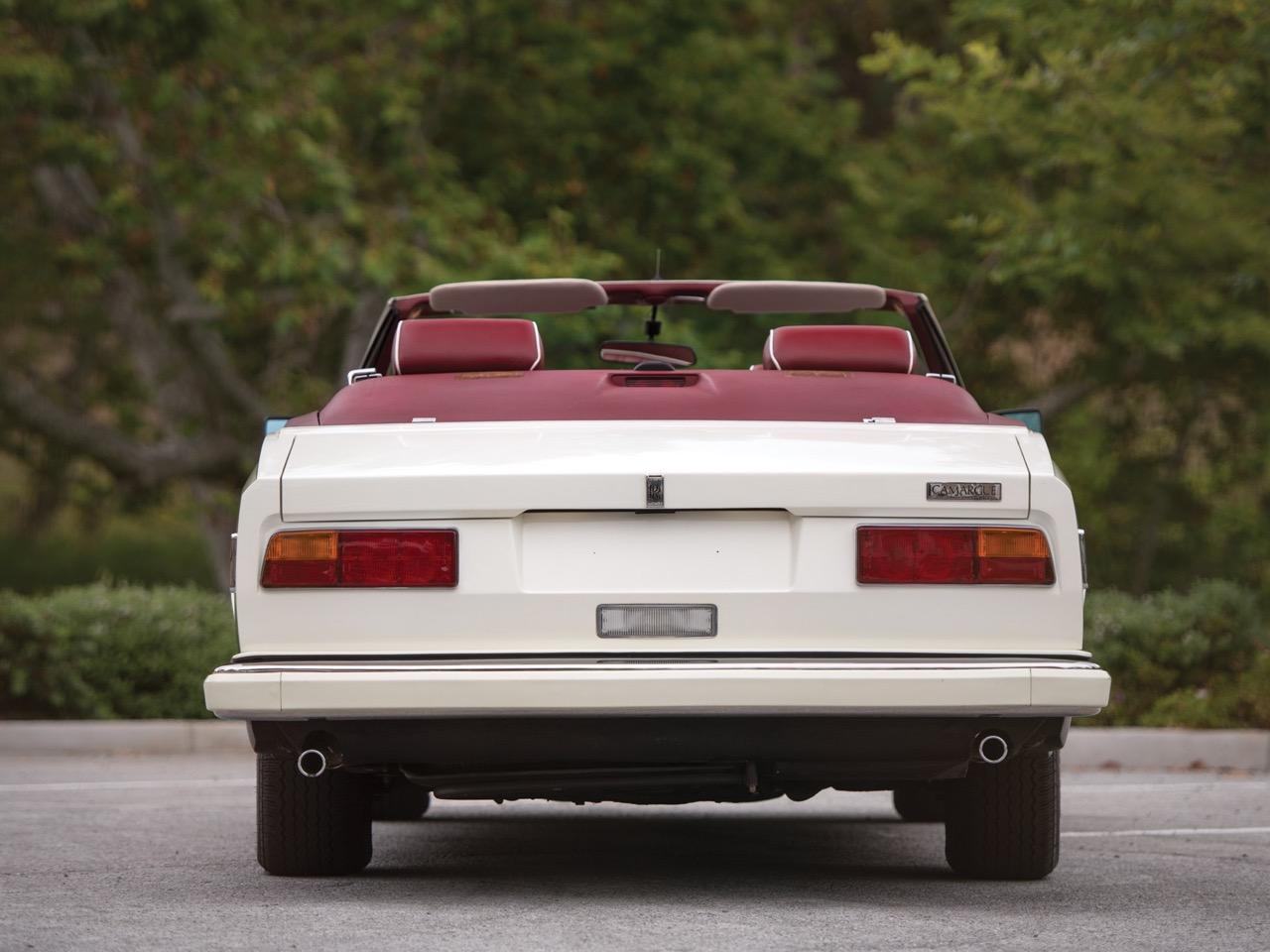 Rolls Royce Camargue CC... Quand la reine du kitch prend l'air ! 50