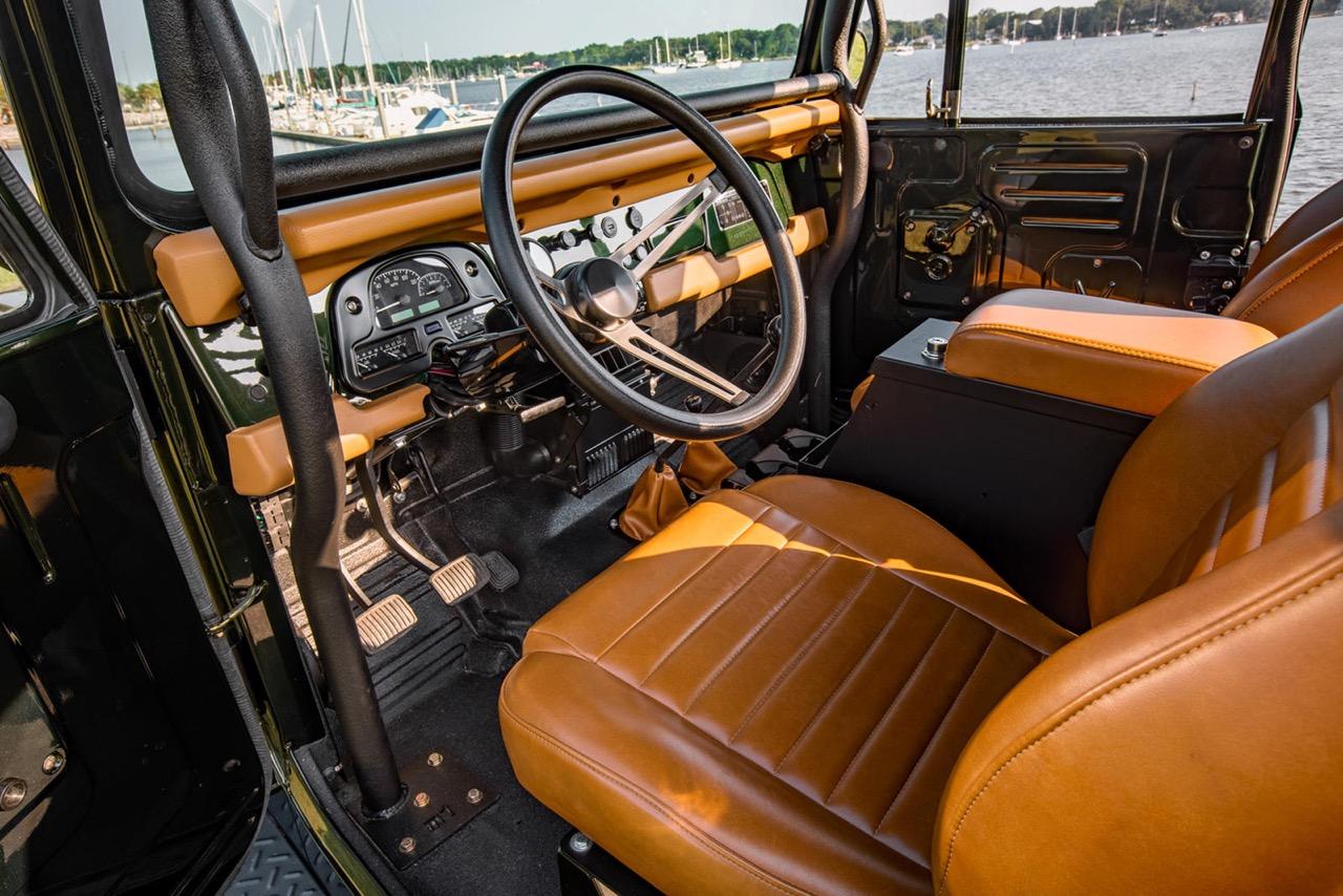 '74 Toyota FJ40 Land Cruiser... Le restomod n'a plus de limites ! 37