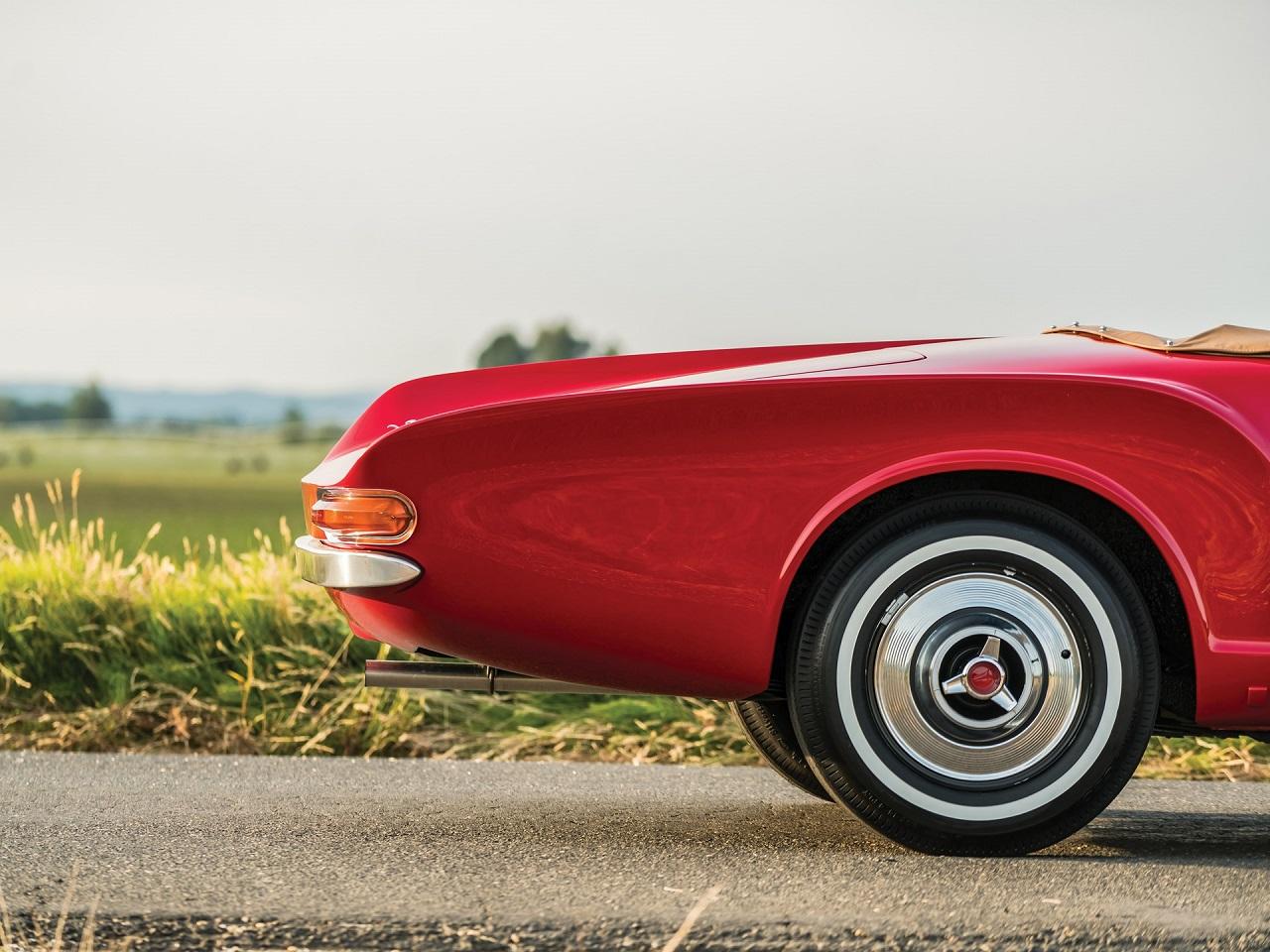 '61 Plymouth Asimmetrica Roadster Ghia - Vous avez dit bizarre ? 3