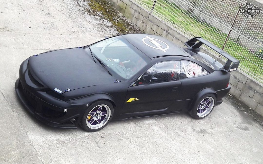 L'Opel Calibra Turbo de Gilles – En piste…