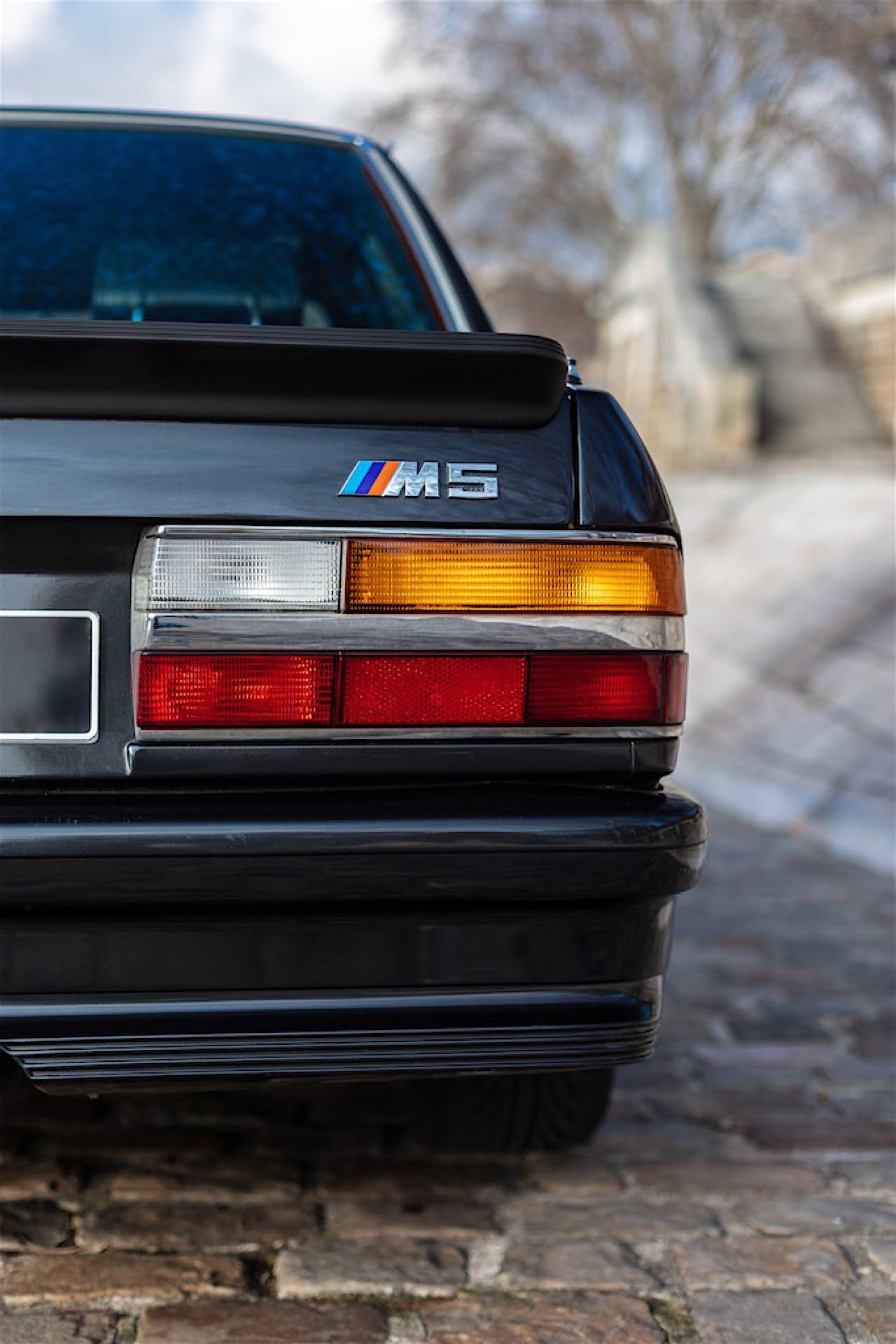 BMW M5 E28... un peu spéciale ! 5