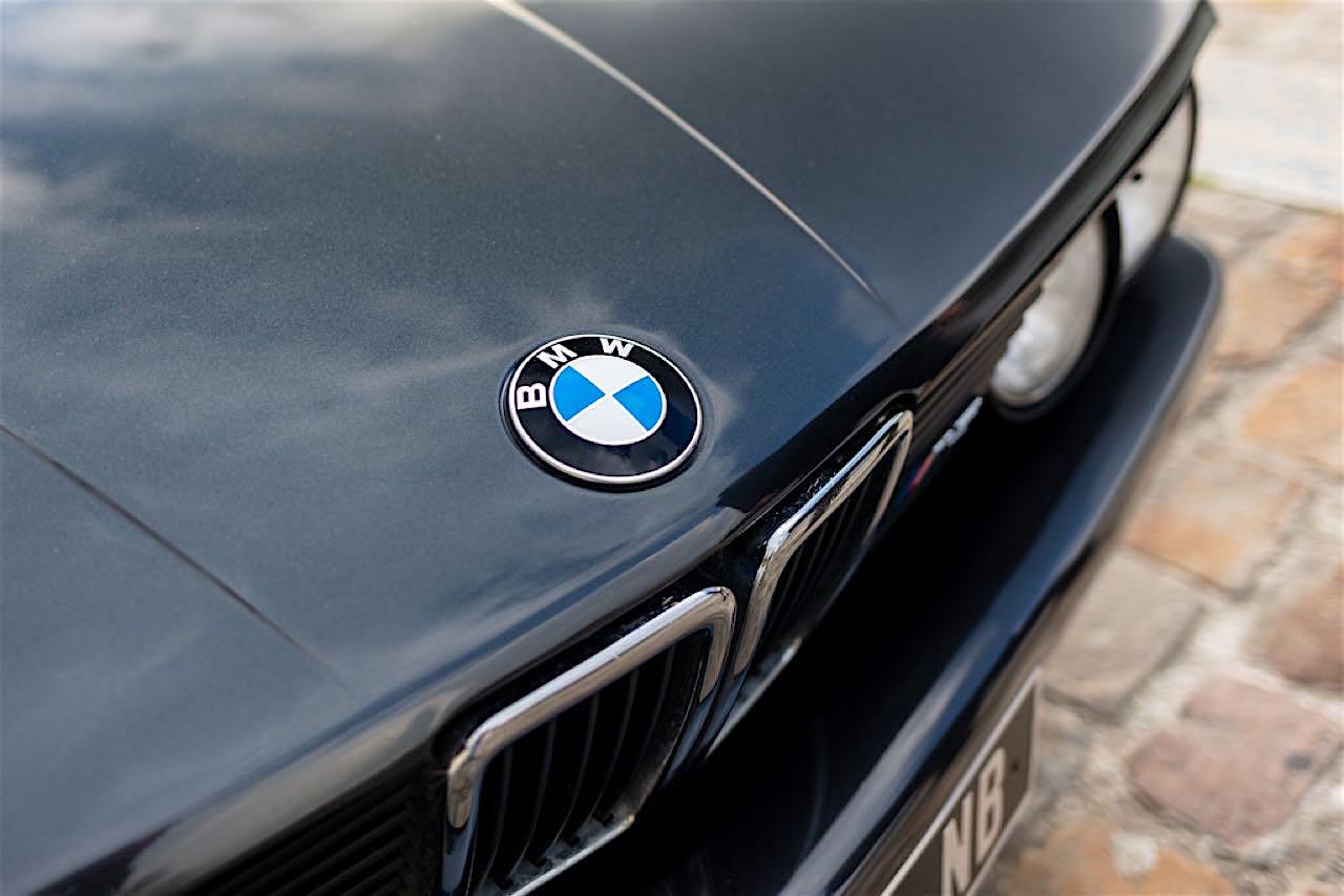 BMW M5 E28... un peu spéciale ! 1