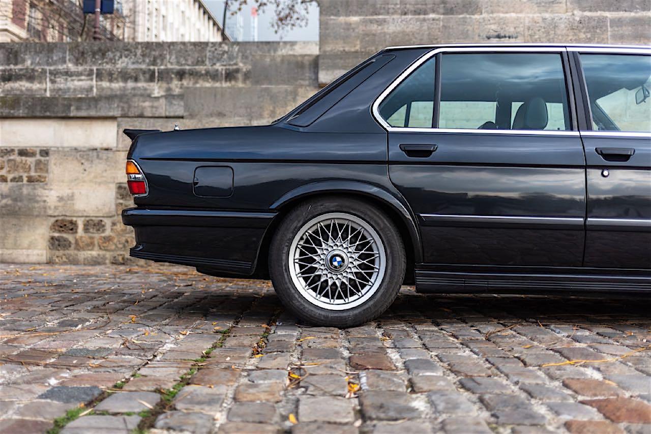 BMW M5 E28... un peu spéciale ! 2