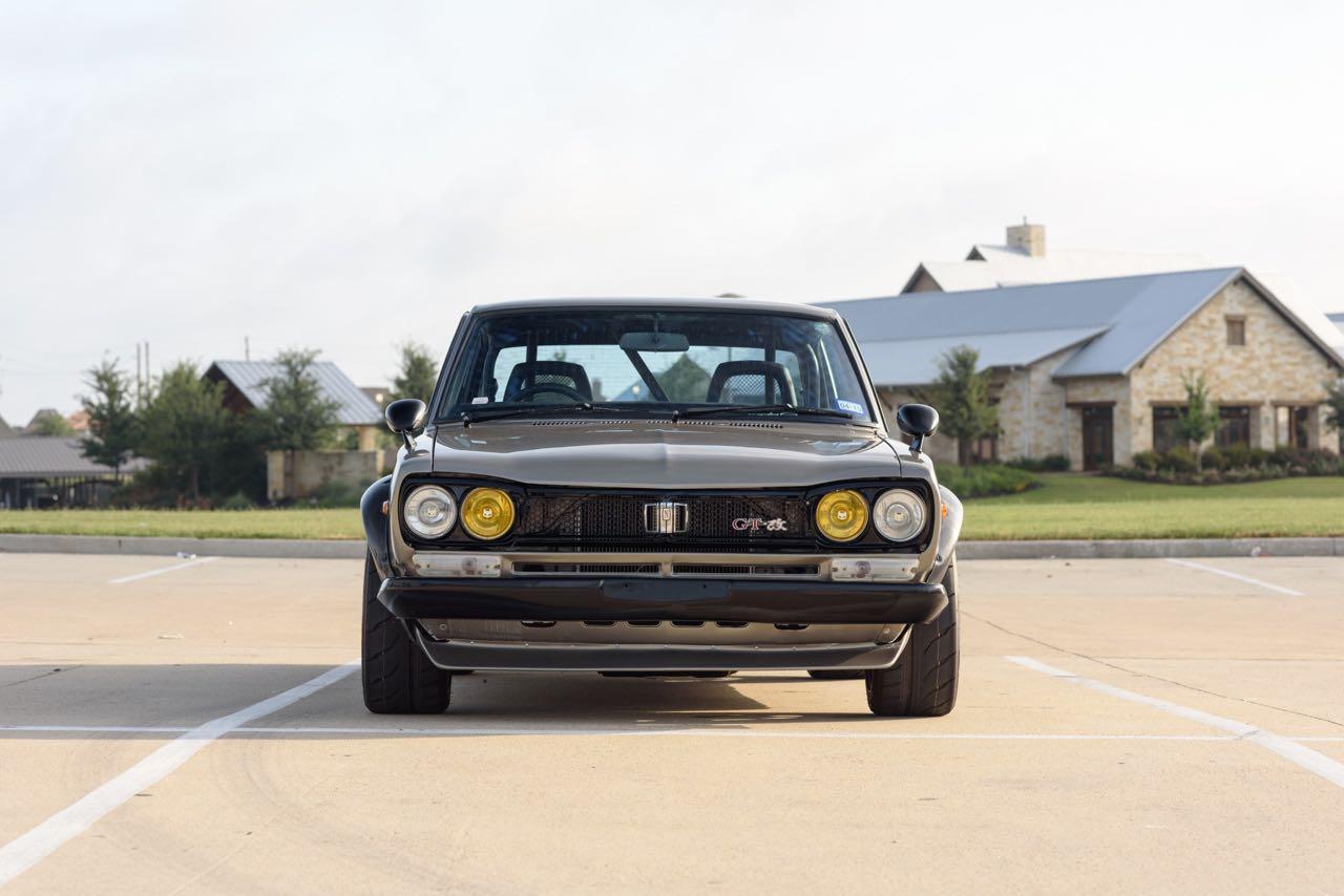 '72 Nissan Skyline KPGC10 Replica - Si tu lèves le capot... 4