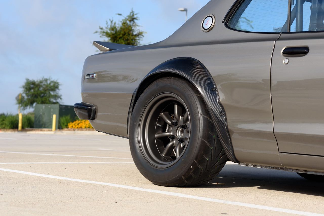 '72 Nissan Skyline KPGC10 Replica - Si tu lèves le capot... 10