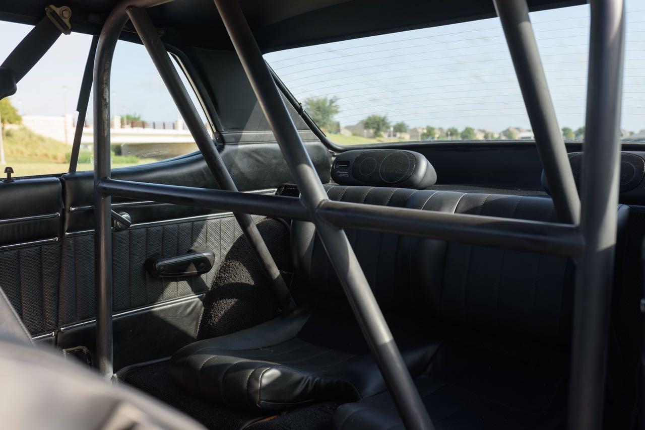 '72 Nissan Skyline KPGC10 Replica - Si tu lèves le capot... 12