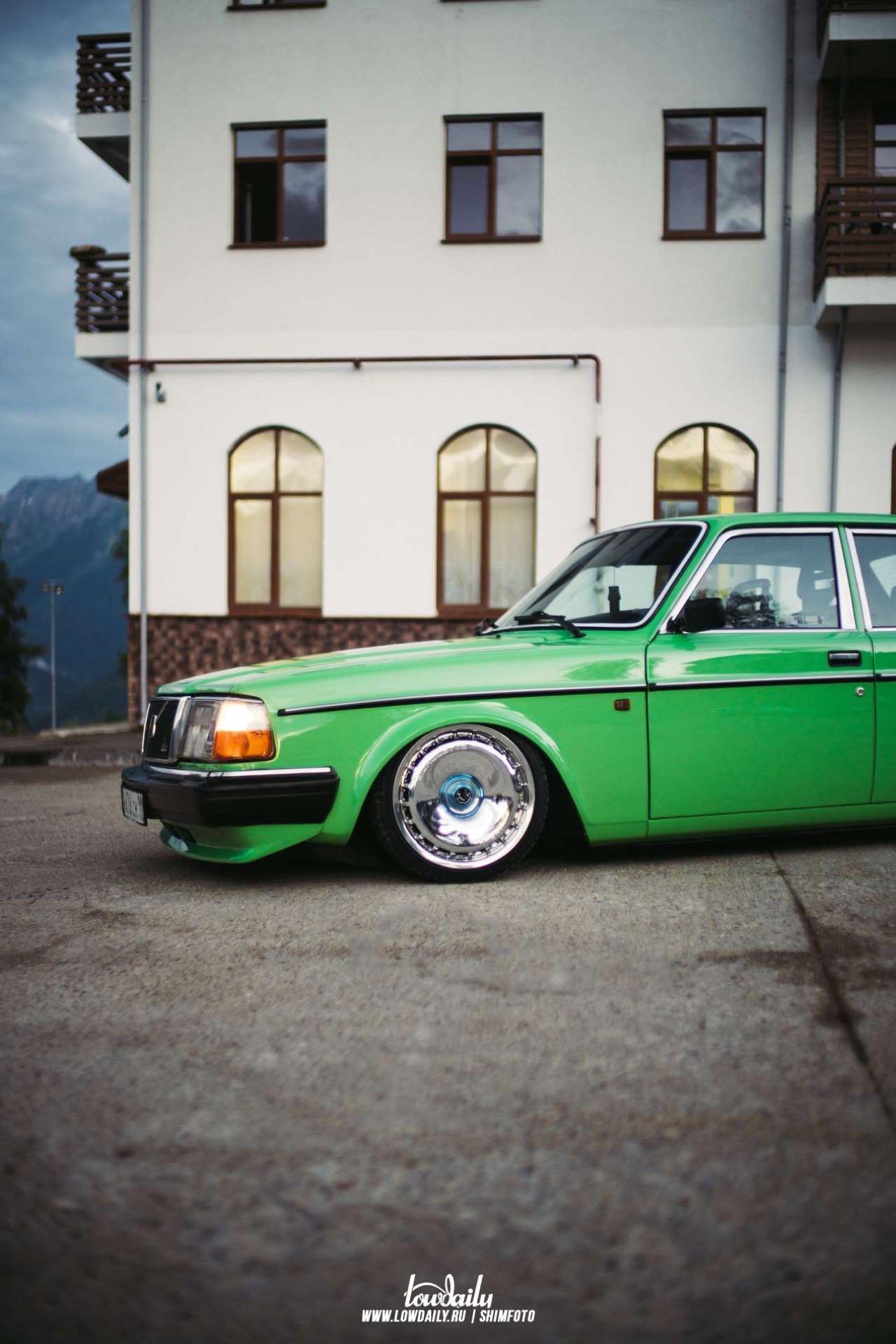 Volvo 240... La brique, c'est chic ! 12