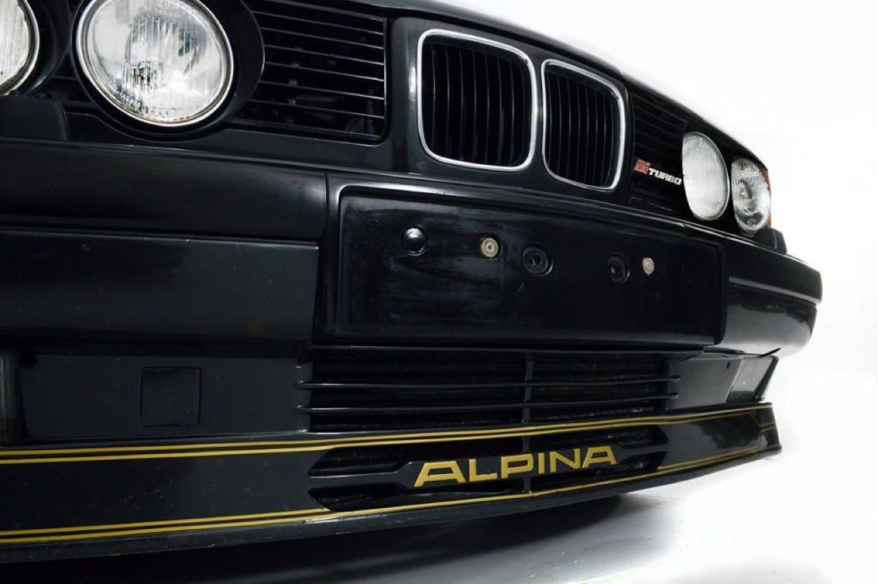 Alpina B10 Biturbo E34... Timeless ! Mais avec deux turbos... 58