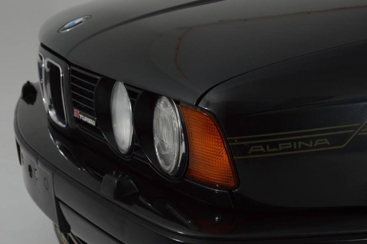 Alpina B10 Biturbo E34... Timeless ! Mais avec deux turbos... 57