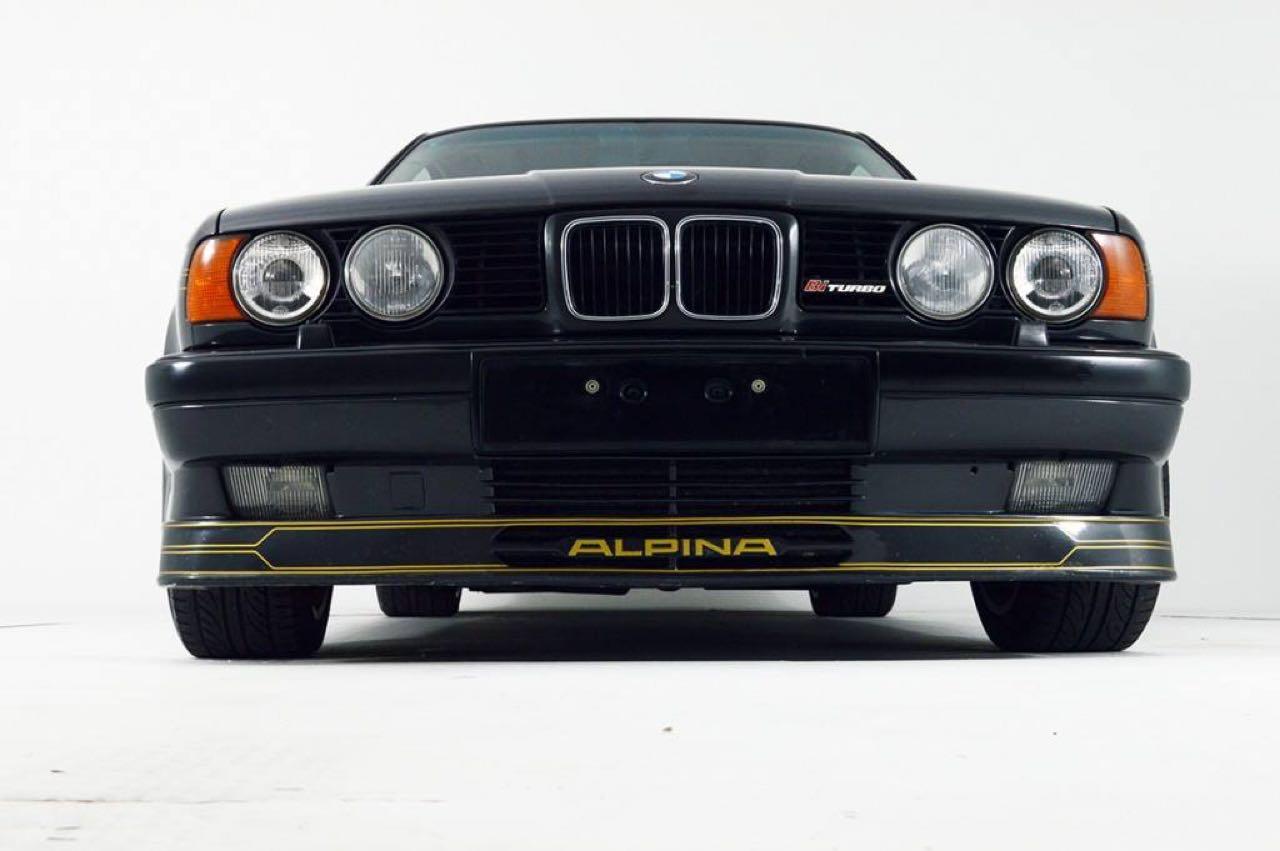Alpina B10 Biturbo E34... Timeless ! Mais avec deux turbos... 54