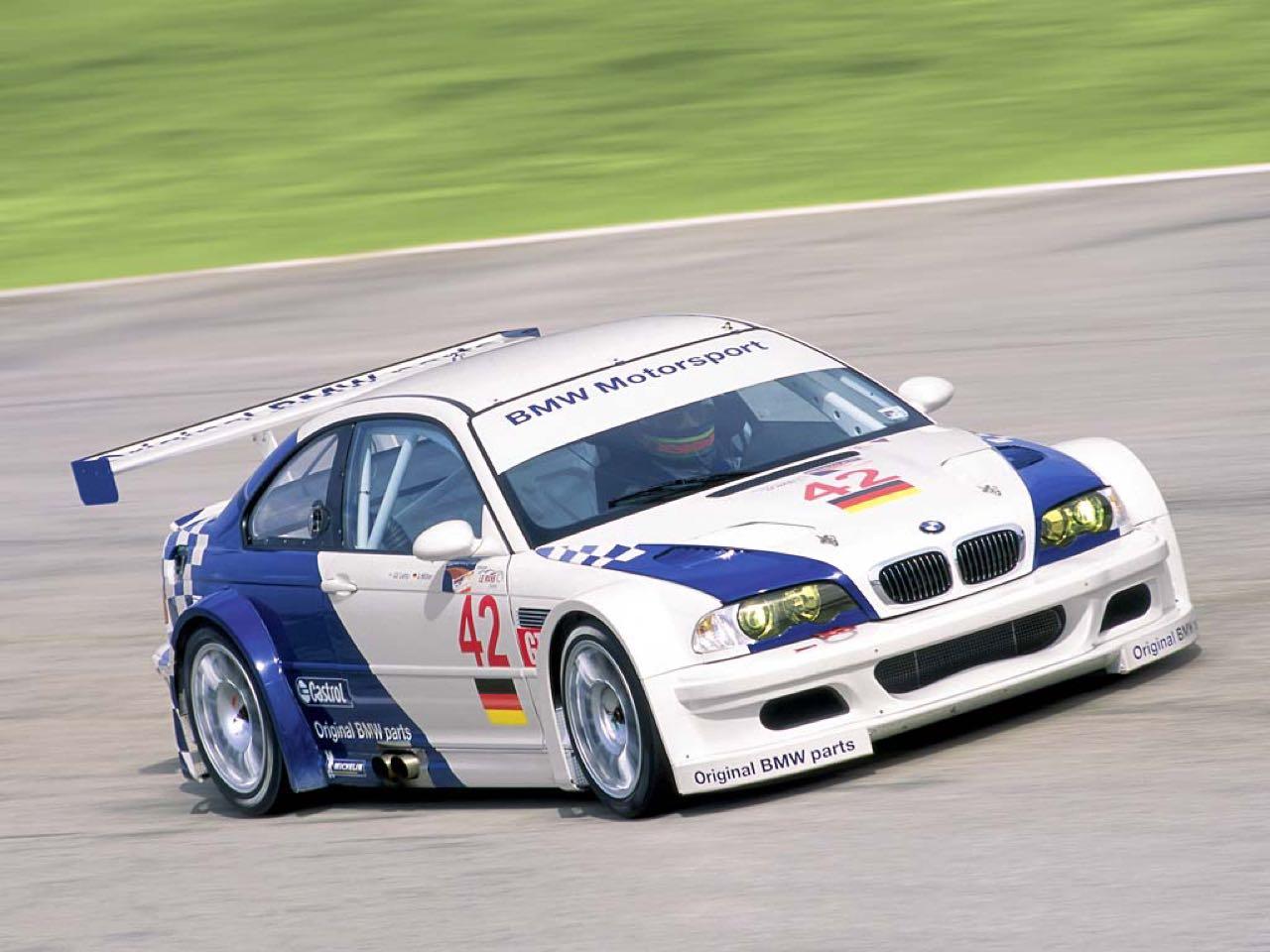 BMW M3 GTR... Un V8 pour la E46 ! 20