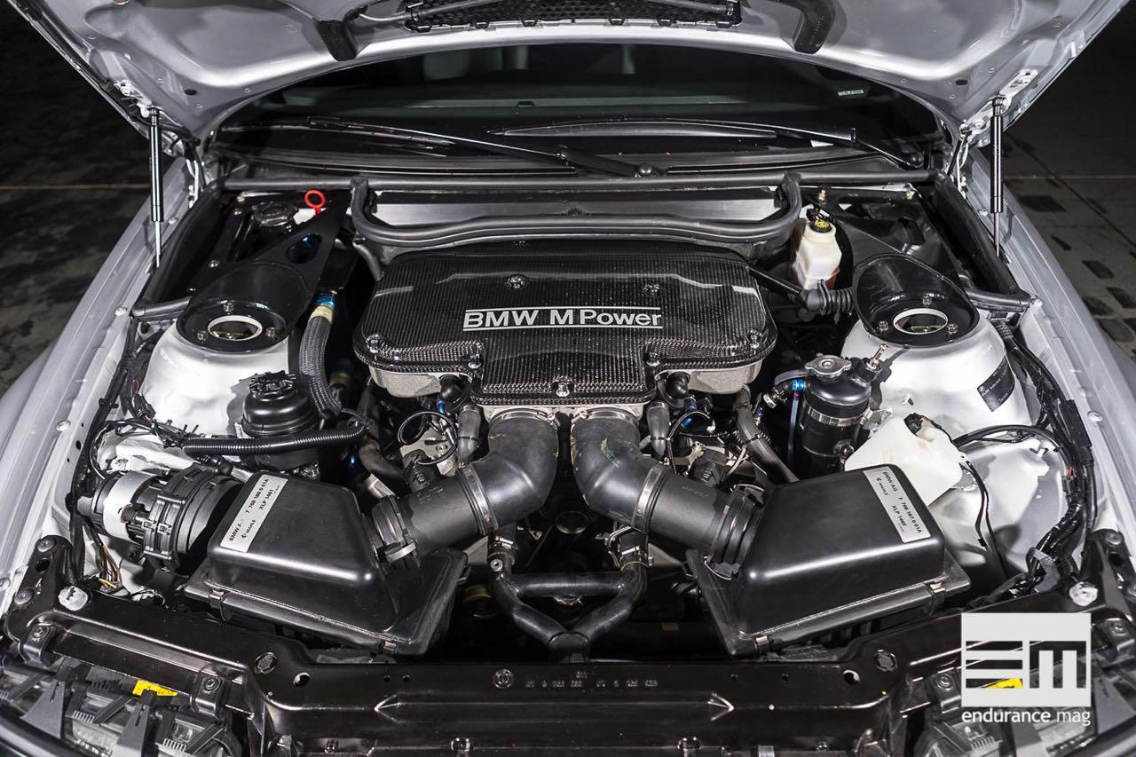 BMW M3 GTR... Un V8 pour la E46 ! 4