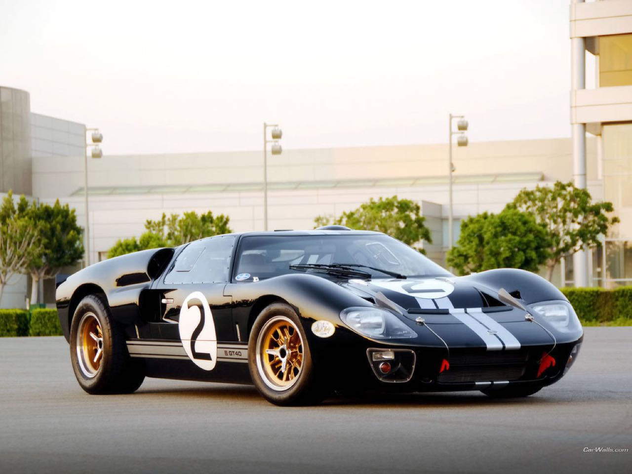 Ford GT40 MkV : La réplique officielle...! 4