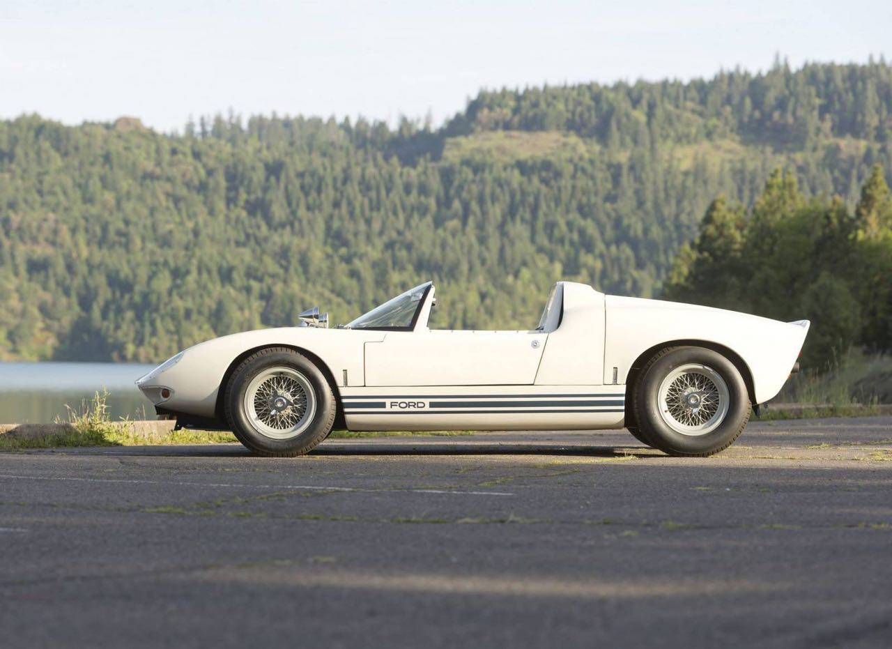Ford GT40 Roadster... Cheveux au vent ! 14