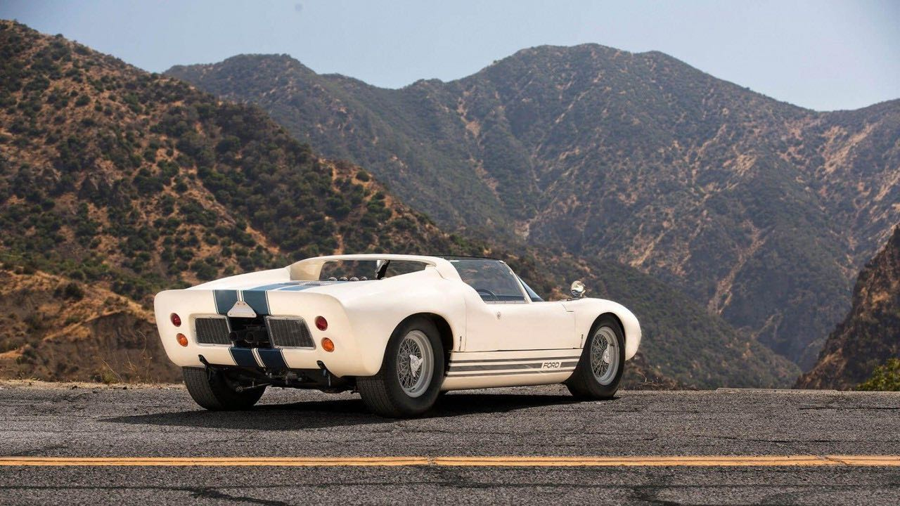 Ford GT40 Roadster... Cheveux au vent ! 23