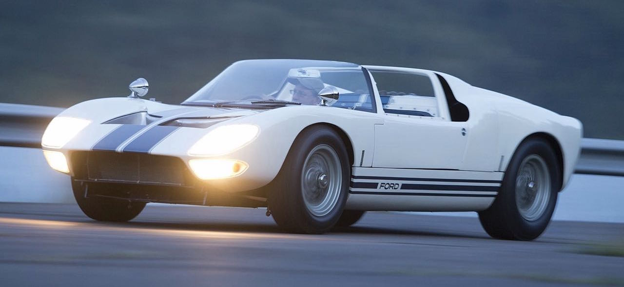 Ford GT40 Roadster... Cheveux au vent ! 27