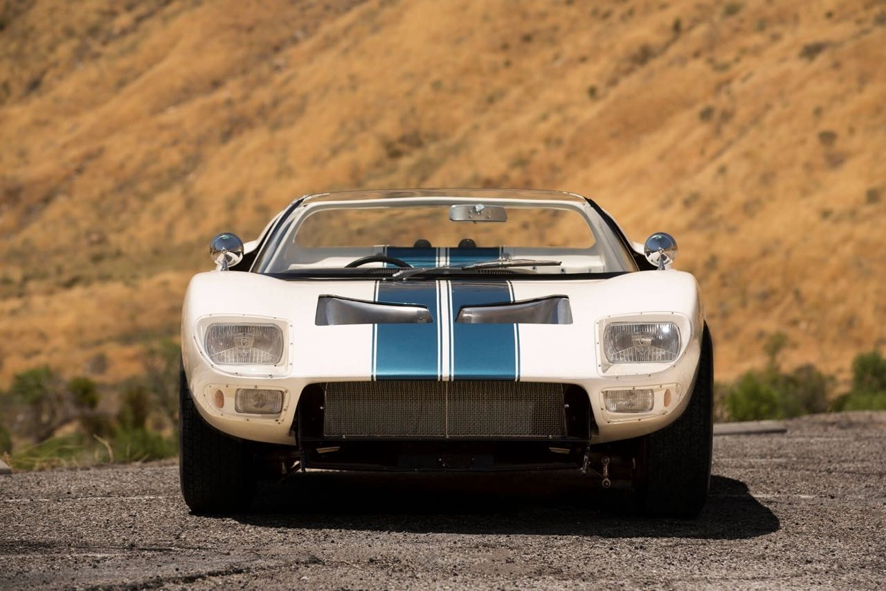 Ford GT40 Roadster... Cheveux au vent ! 8