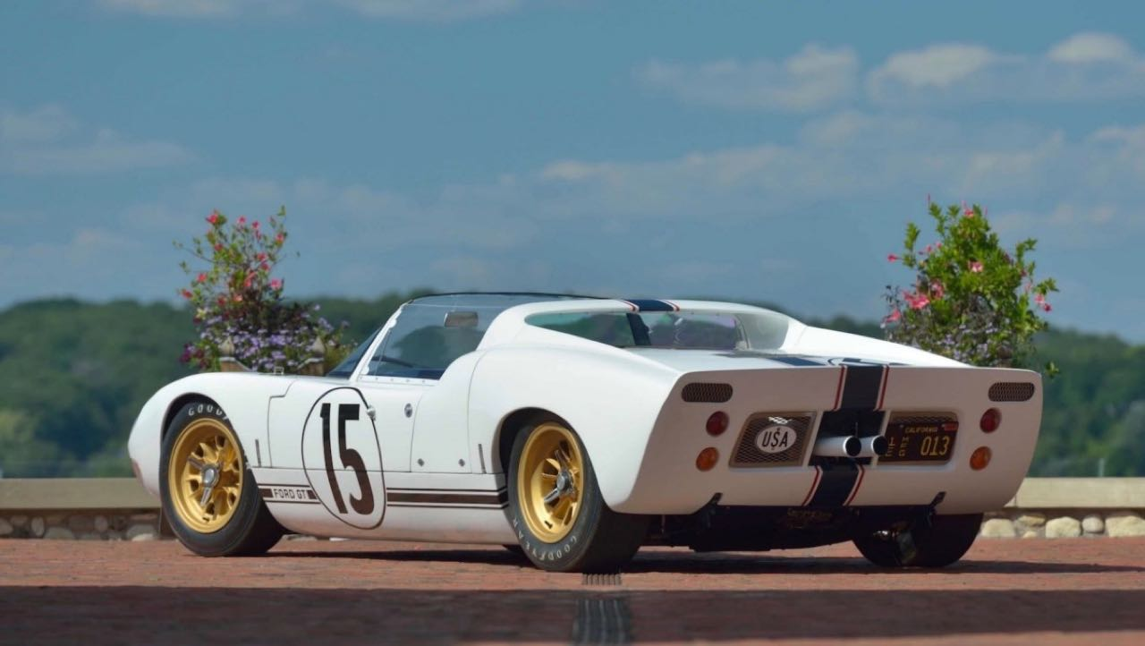 Ford GT40 Roadster... Cheveux au vent ! 17