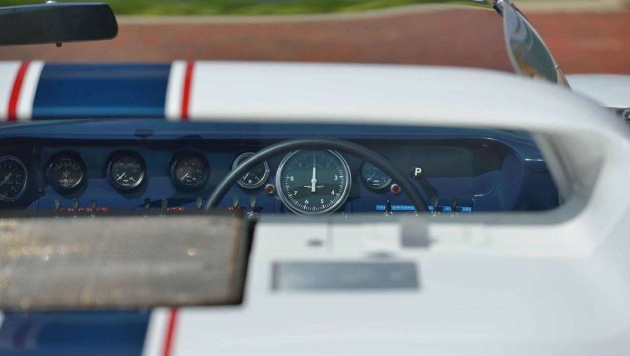 Ford GT40 Roadster... Cheveux au vent ! 19