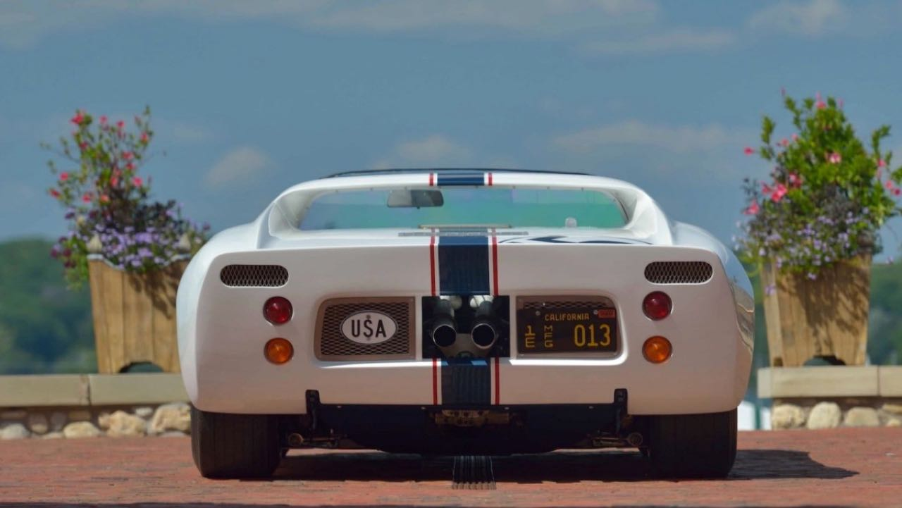 Ford GT40 Roadster... Cheveux au vent ! 4