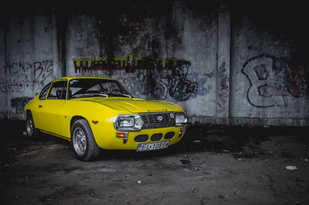 Lancia Fulvia Sport Zagato... CoupeZ ! 5