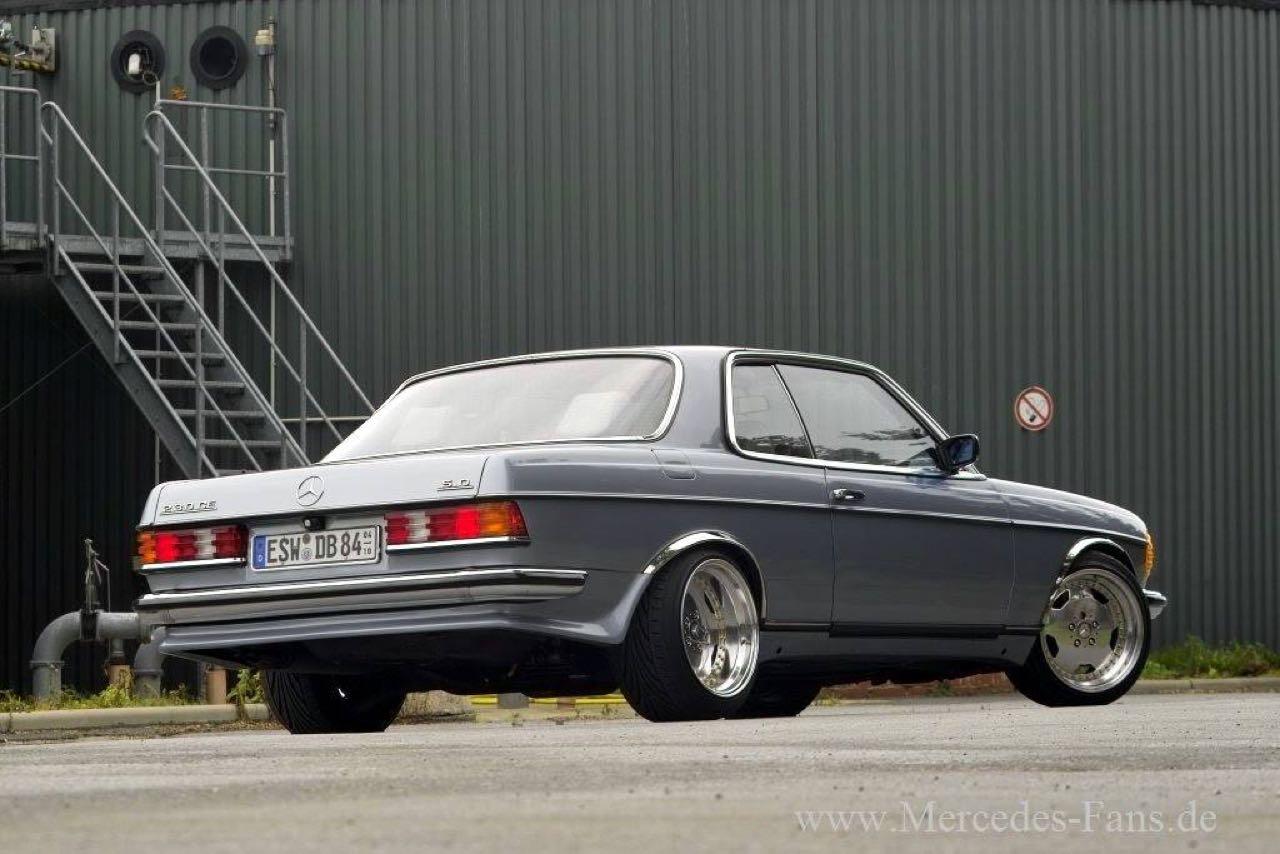 '79 Mercedes 500 TE AMG W123... Sexy lady ! 6