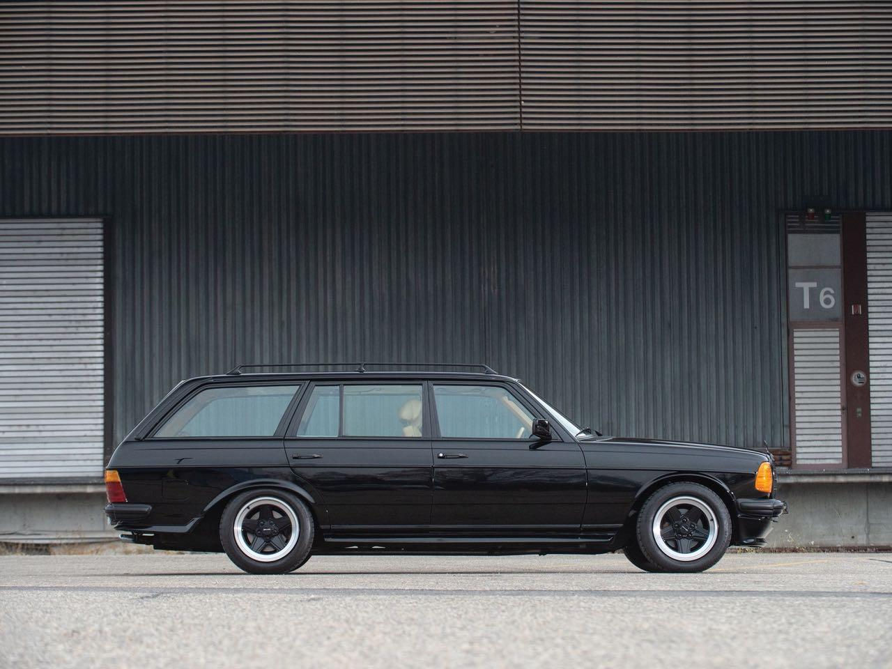 '79 Mercedes 500 TE AMG W123... Sexy lady ! 11