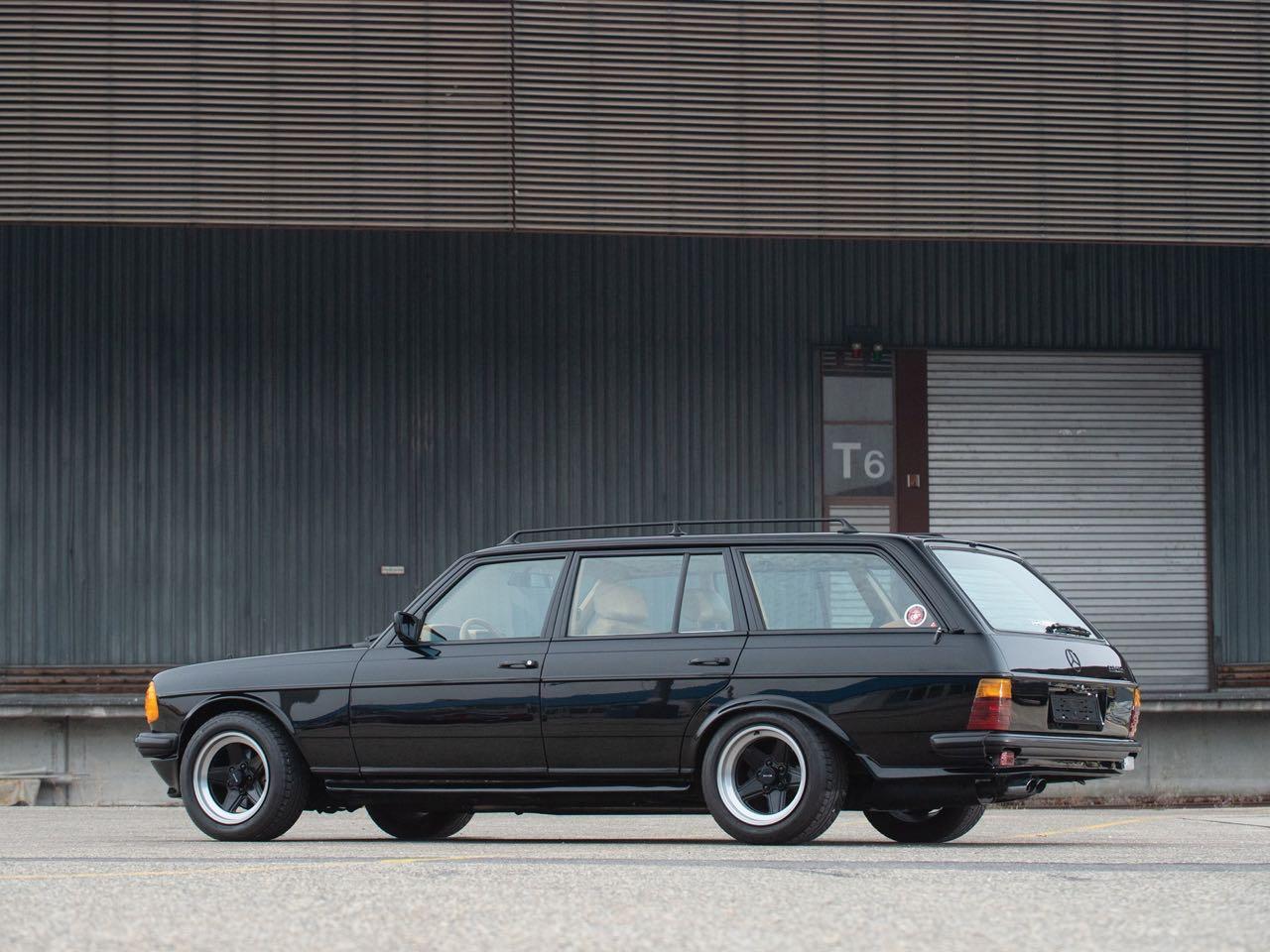 '79 Mercedes 500 TE AMG W123... Sexy lady ! 16