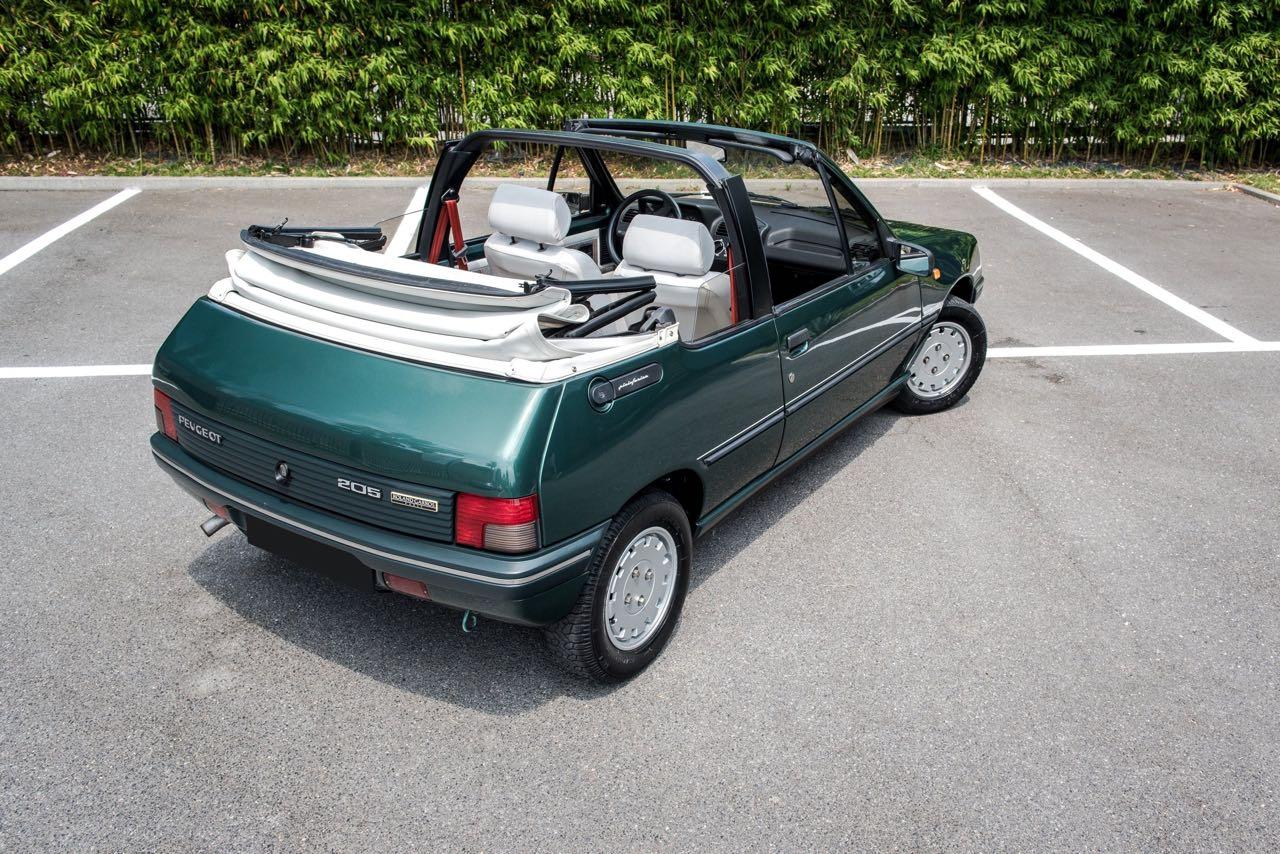 Peugeot 205 Cabriolet Roland Garros - Jeu, set et match ! 21